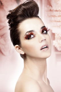 Dark Red Feather Eyelashes